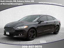 2016_Ford_Fusion_SE_ Normal IL