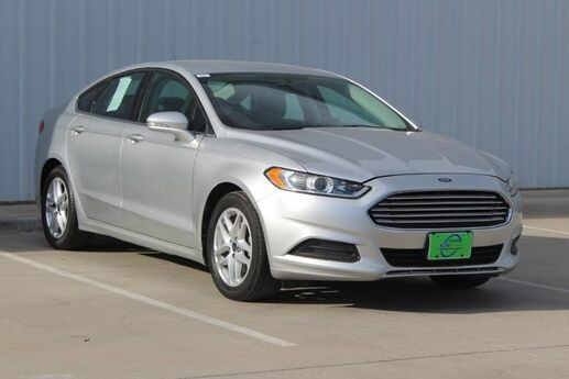 2016 Ford Fusion SE Paris TX