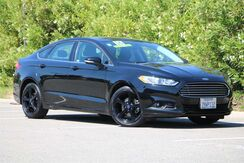 2016_Ford_Fusion_SE_ California