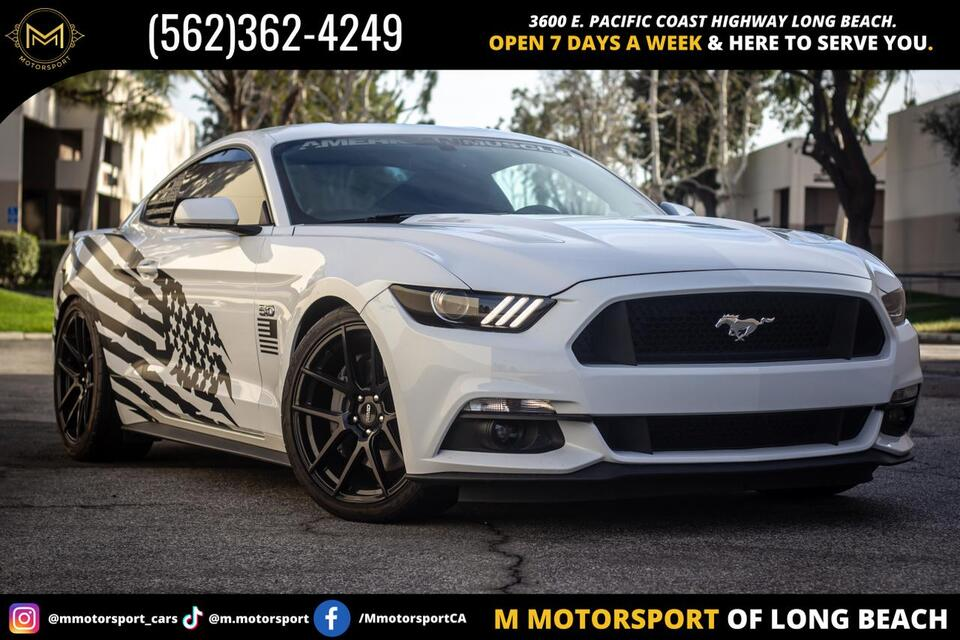 2016_Ford_Mustang_GT Coupe 2D_ Long Beach CA