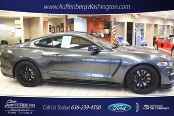 2016_Ford_Mustang_Shelby GT350_ Cape Girardeau