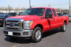 2016_Ford_Super Duty F-250 SRW Extended Ca_XLT_ Fort Wayne Auburn and Kendallville IN