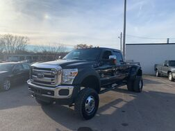 2016_Ford_Super Duty F-350 DRW_Lariat_ Cleveland OH