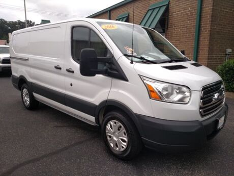 2016 Ford Transit 250 Van Low Roof w/Sliding Pass. 130-in. WB Knoxville TN