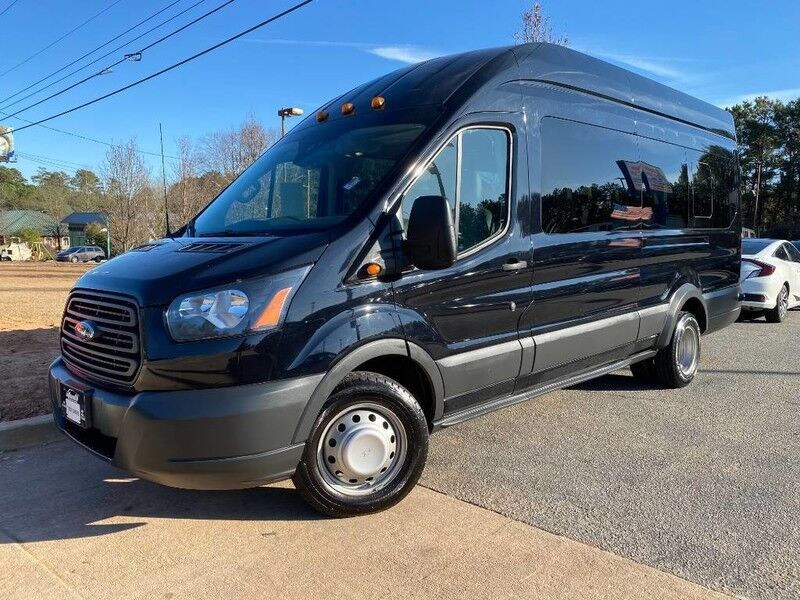 2016 Ford Transit Wagon XL W/ Back Up Camera & Leather Seats