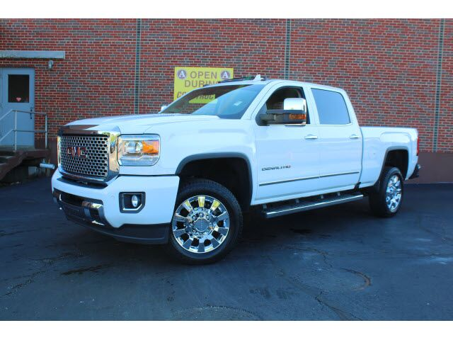 2016 GMC Sierra 2500HD Denali Kansas City KS