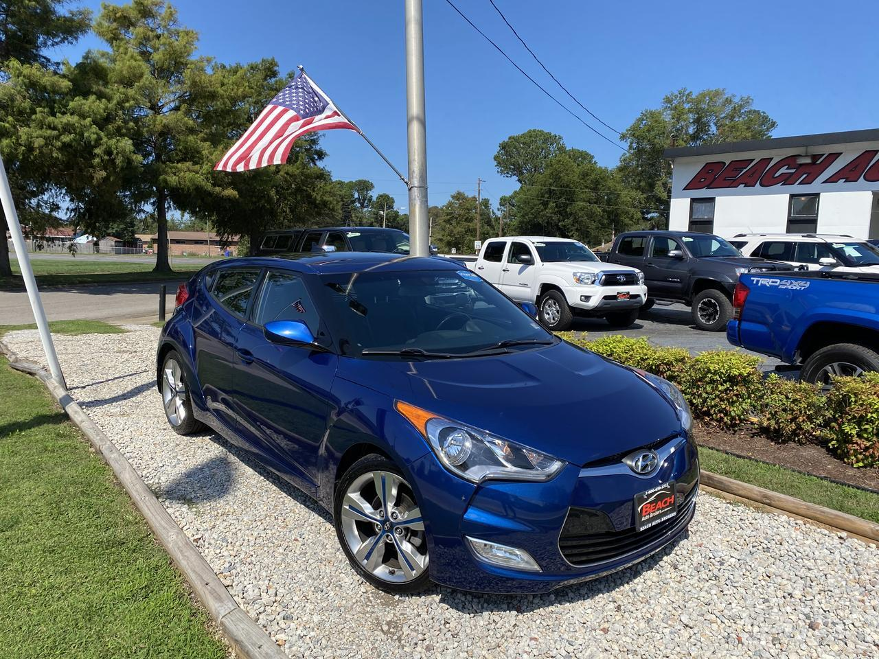2016 HYUNDAI VELOSTER COUPE, WARRANTY, LEATHER, BACKUP CAM, PARKING SENSORS, PANORAMIC ROOF, BLUETOOTH, LOW MILES! Norfolk VA