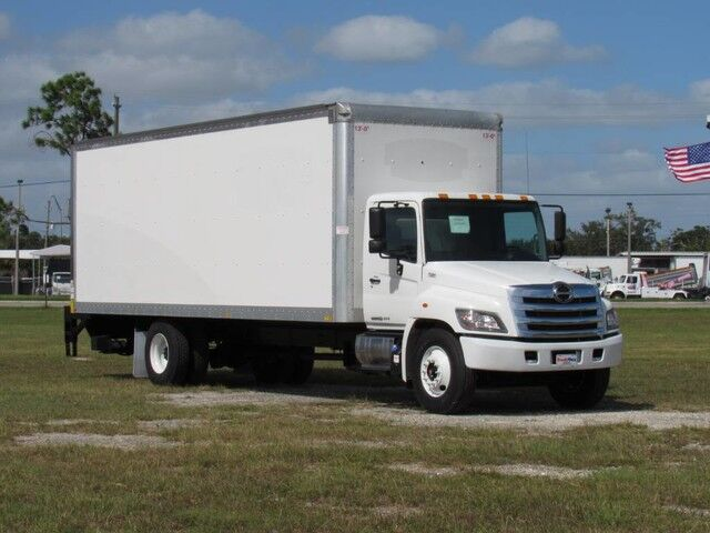 2016 Hino 268A 26' Dry Freight Box Truck with New 3300 Lbs lift gate Homestead FL