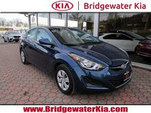 2016_Hyundai_Elantra_SE Sedan,_ Bridgewater NJ