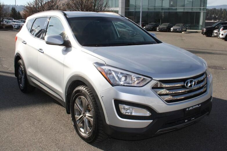 2016 Hyundai Santa Fe Sport Premium One owner, No accident Bluetooth,Power options,Heated se Kelowna BC