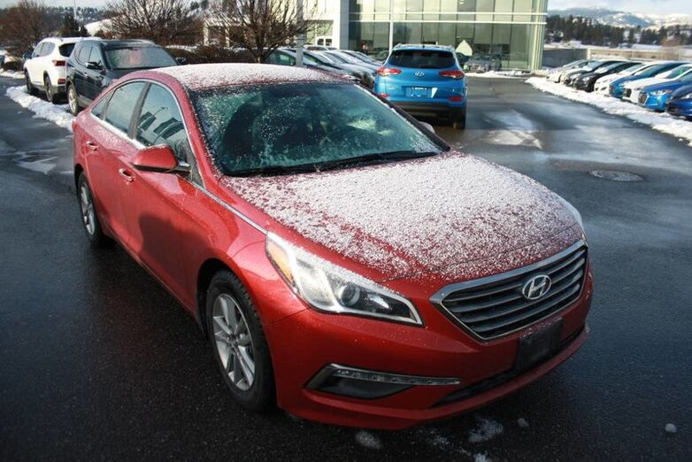2016 Hyundai Sonata 2.4L GL Bluetooth, Power options, Heated seats, Backup camera. Kelowna BC