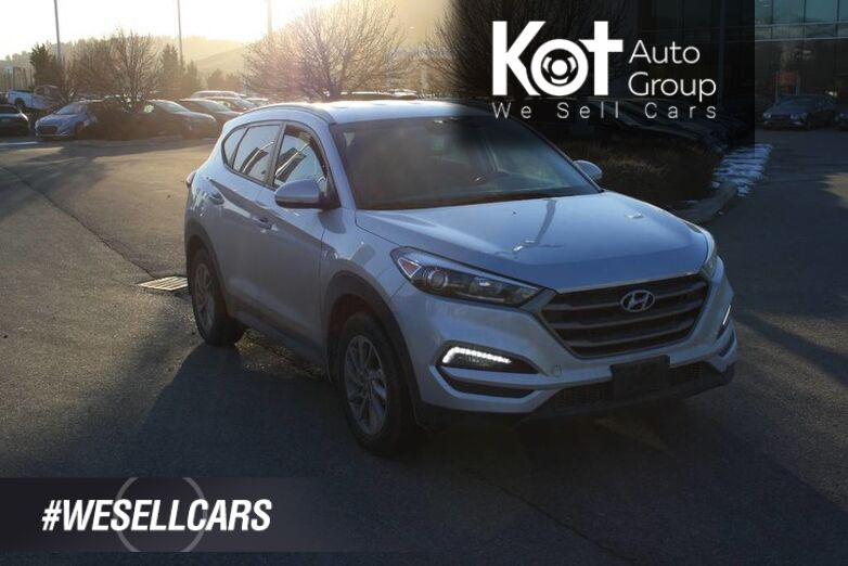 2016 Hyundai Tucson Luxury Bluetooth, Power options,Navigation,Sunroof,Leather, Backup camera, Blindspot. Kelowna BC