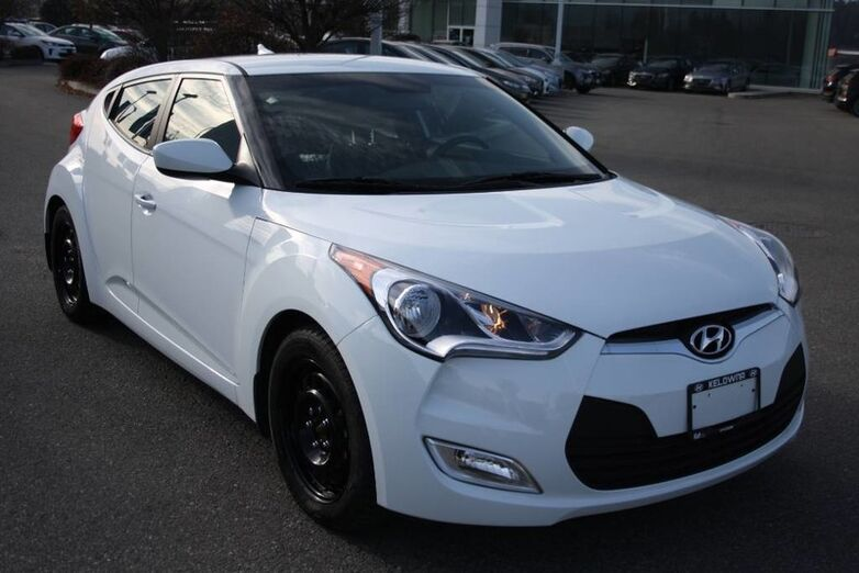 2016 Hyundai Veloster 3dr Cpe Auto One owner NO accident Kelowna BC