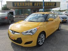 Hyundai Veloster Base 6AT 2016
