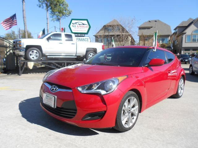 2016 Hyundai Veloster Base 6AT Houston TX
