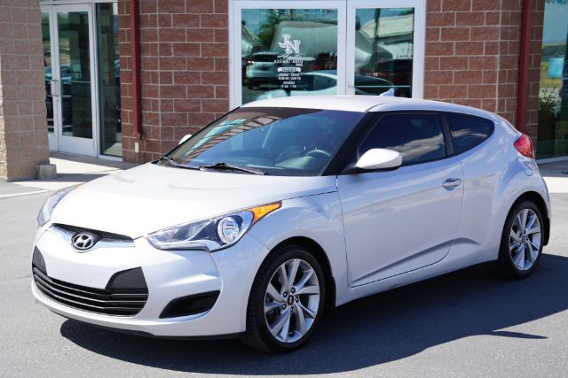 2016 Hyundai Veloster Base 6AT Huntington UT