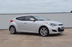 2016_Hyundai_Veloster_Base 6AT_ Terrell TX