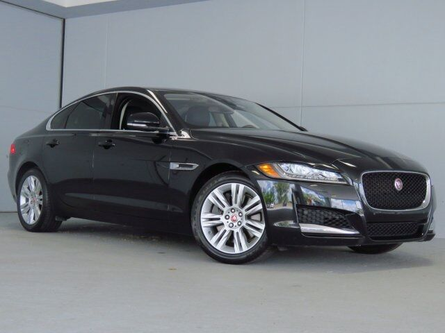 2016 Jaguar XF Premium Merriam KS