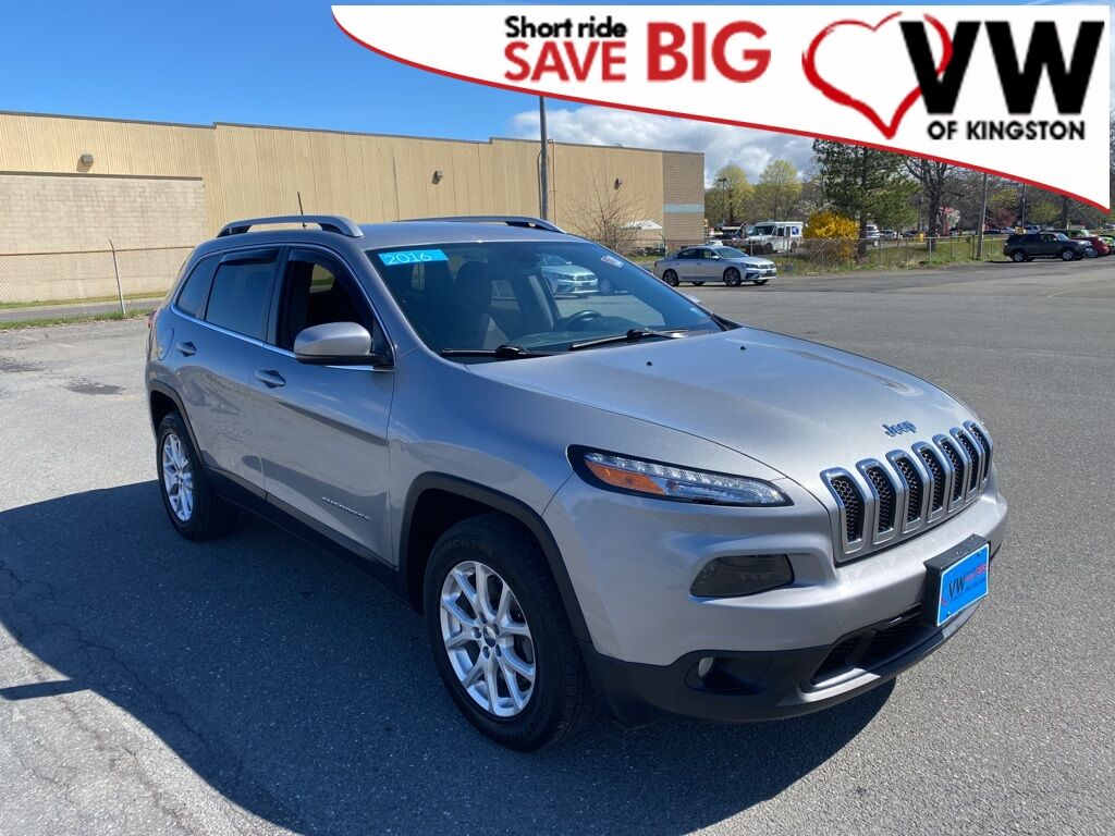2016_Jeep_Cherokee_Latitude_ Kingston NY