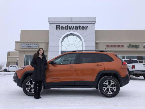 2016_Jeep_Cherokee_Trailhawk - 9 Speed Trans - Pano Sunroof - Leather Interior Group - Cold Weather Group - One Owner_ Redwater AB