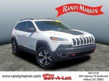 2016_Jeep_Cherokee_Trailhawk_  NC