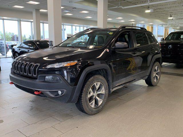 2016 Jeep Cherokee Trailhawk *Pano* *Heated Wheel* *Nav* Calgary AB