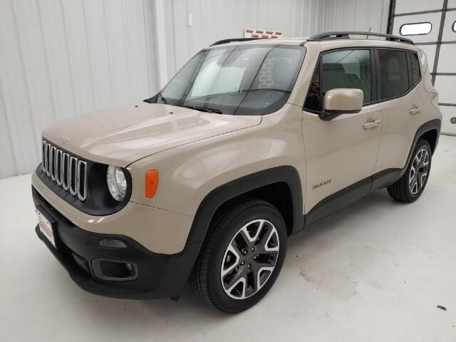 2016 Jeep Renegade 4WD 4dr Latitude Manhattan KS