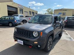 2016_Jeep_Renegade_Trailhawk_ Cleveland OH