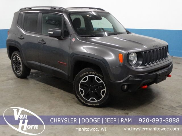 2016 Jeep Renegade Trailhawk Plymouth WI