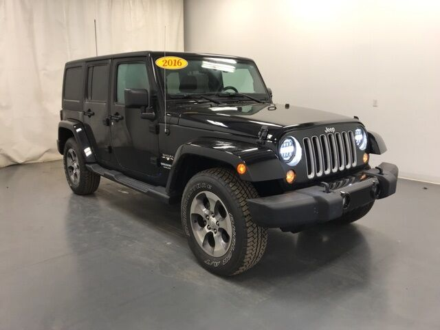 2016 Jeep Wrangler Unlimited Sahara Holland MI