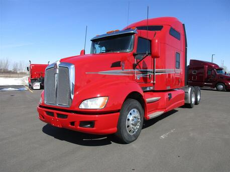 2016_Kenworth_T660_Mid Roof_ Eau Claire MN