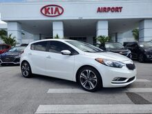 2016_Kia_Forte 5-Door_EX w/ Tech Package_ Naples FL