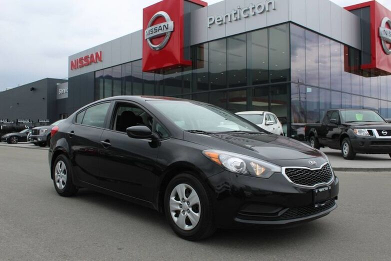 2016 Kia Forte LX, Auto, Low Km's, No Accidents, and Good Fuel Efficiency Kelowna BC