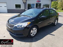 2016_Kia_Forte_LX_ Middlebury IN