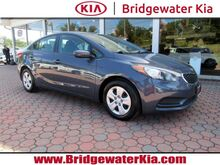 2016_Kia_Forte_LX Sedan,_ Bridgewater NJ