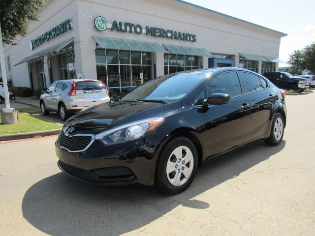 2016 Kia Forte LX w/Popular Package CLOTH SEATS, BLUETOOTH CONNECTIVITY, USB/AUX INPUT, STEERING WHEEL CONTROLS Plano TX