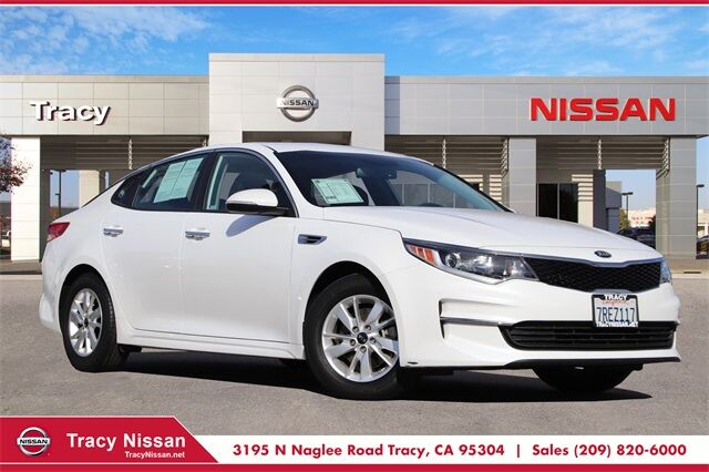 2016 Kia Optima LX Tracy CA