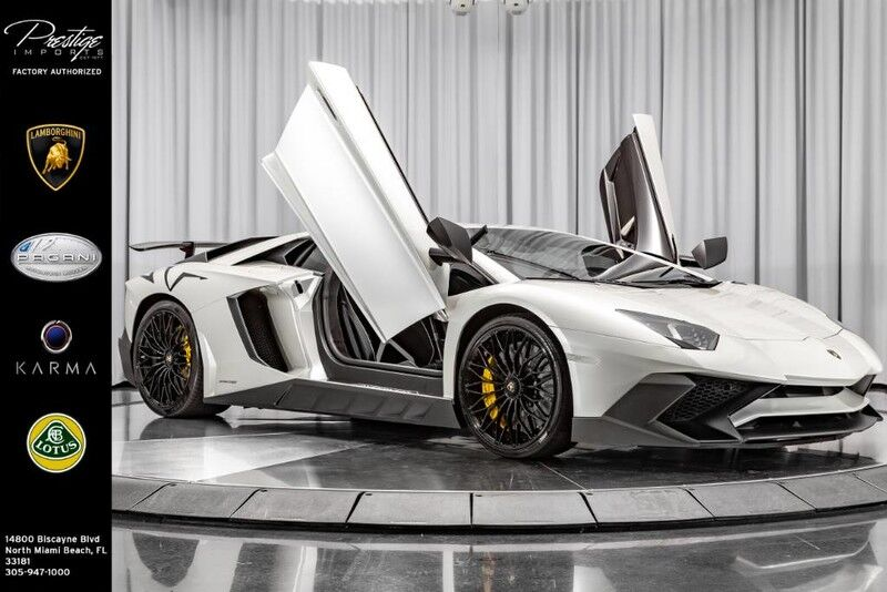 2016_Lamborghini_Aventador_LP 750-4 Superveloce Coupe_ North Miami Beach FL