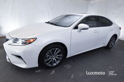 2016_Lexus_ES 300h_Luxury_ Portland OR