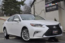 Lexus ES 350 Navigation Pkg/Blind Spot Monitor w/ Rear Cross-Traffic Alert/Pre-Collision System/Dynamic Radar Cruise Control/Luxury Pkg w/ Panorama Roof, Heated & Ventilated Seats/Heated Leather & Wood Steering Wheel 2016