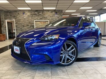 2016_Lexus_IS 300__ Worcester MA
