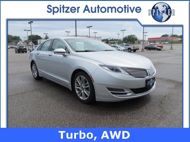 2016 Lincoln MKZ Base Amherst OH