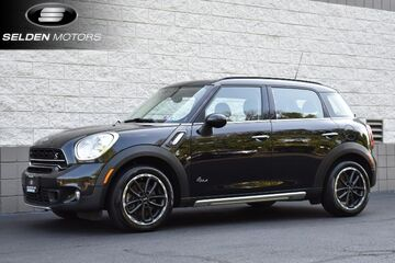 2016_MINI_Cooper Countryman_S_ Willow Grove PA