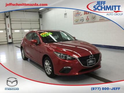 2016_Mazda_Mazda3_i_ Beavercreek OH
