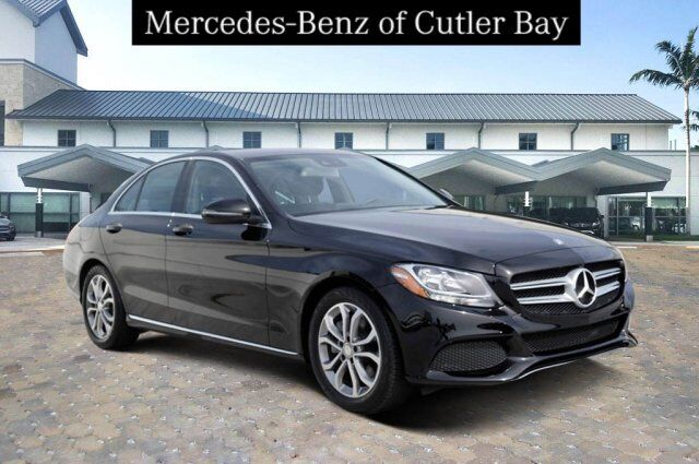 2016 Mercedes-Benz C 300 Sedan U894CB