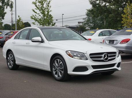 2016_Mercedes-Benz_C-Class_C 300 Luxury 4MATIC_  Novi MI