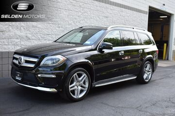 2016_Mercedes-Benz_GL550_4MATIC_ Willow Grove PA