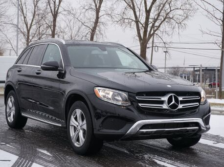 2016_Mercedes-Benz_GLC_GLC 300 4MATIC_  Novi MI