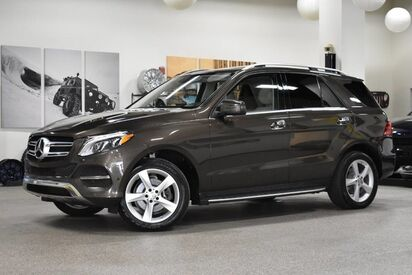 2016_Mercedes-Benz_GLE 350_4MATIC_ Boston MA