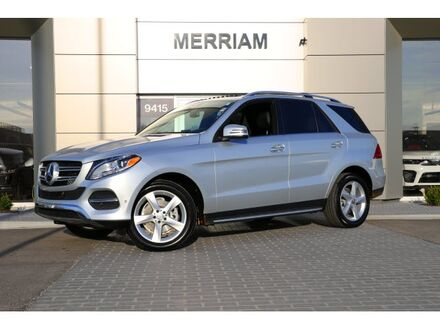 2016_Mercedes-Benz_GLE_350_ Merriam KS